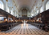 Saint_Clement_Danes_Church_Organ.jpg